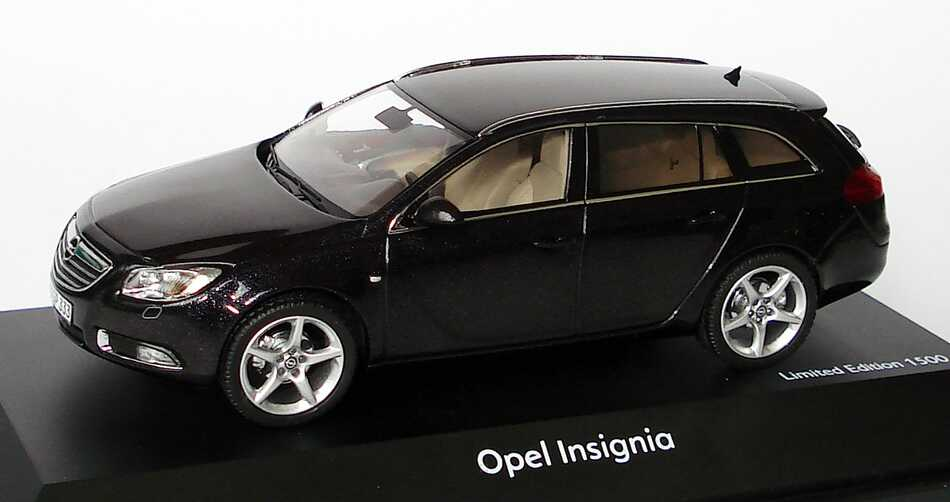 opel insignia. Black Bedroom Furniture Sets. Home Design Ideas
