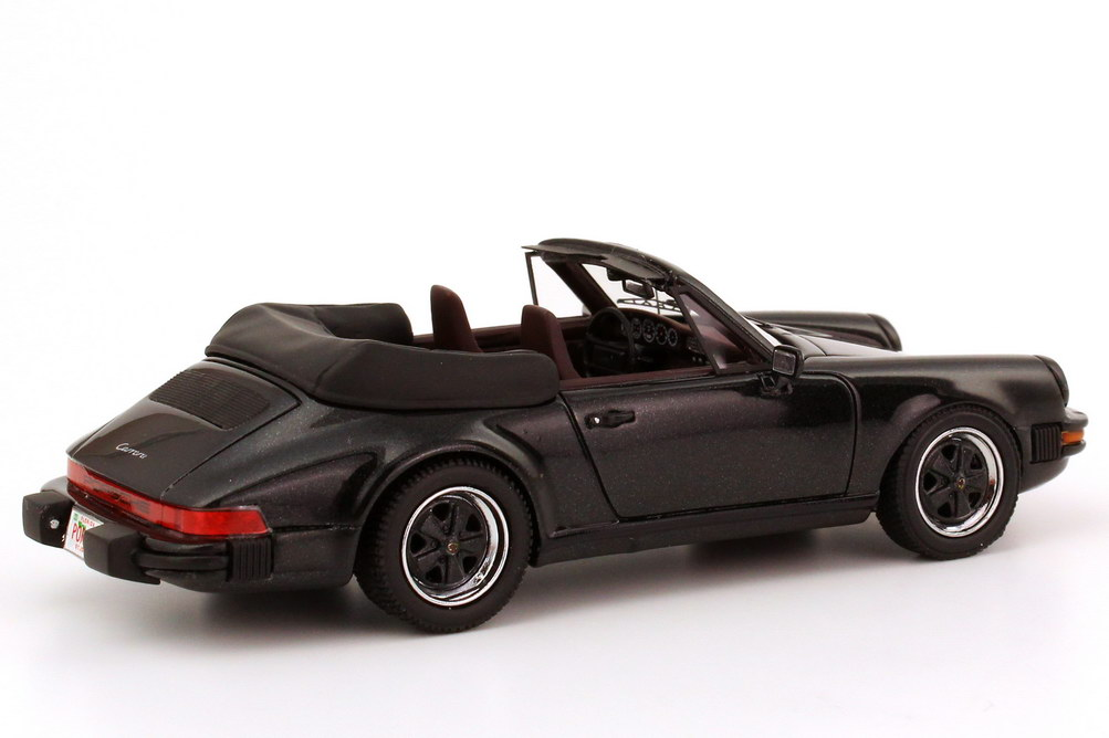 Porsche 911 Carrera Cabrio Us Version Schwarz Met Neo