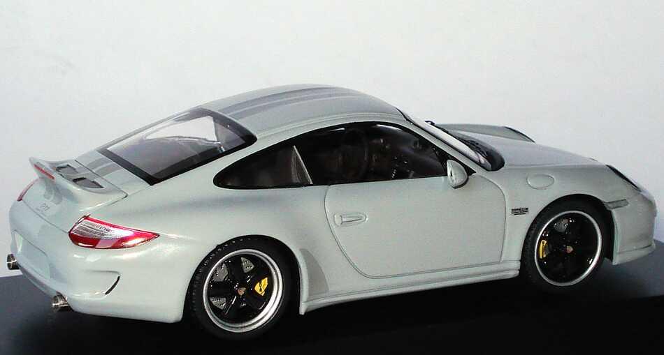 Foto 1:43 Porsche 911 Sport Classic sportclassicgrau Werbemodell Schuco WAP0200090A