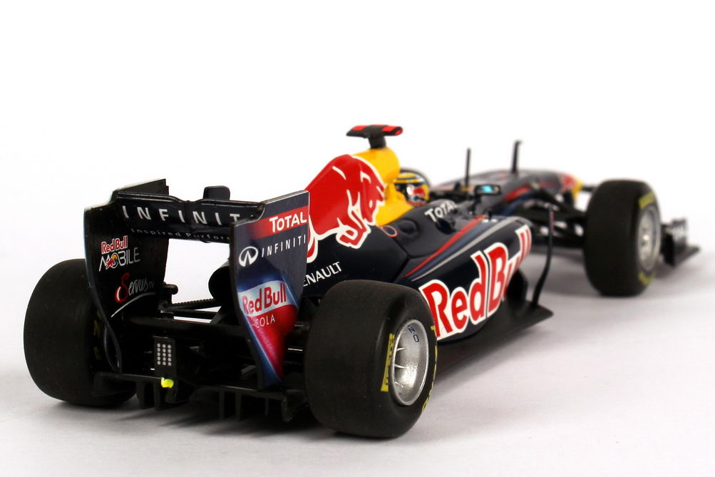 red bull racing renault rb7 formel 1 2011 nr 1 sebastian. Black Bedroom Furniture Sets. Home Design Ideas