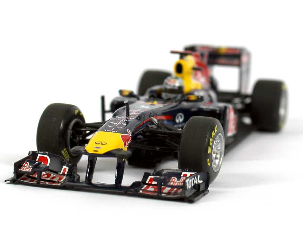 1 43 red bull racing renault showcar formel 1 2011 nr 1. Black Bedroom Furniture Sets. Home Design Ideas