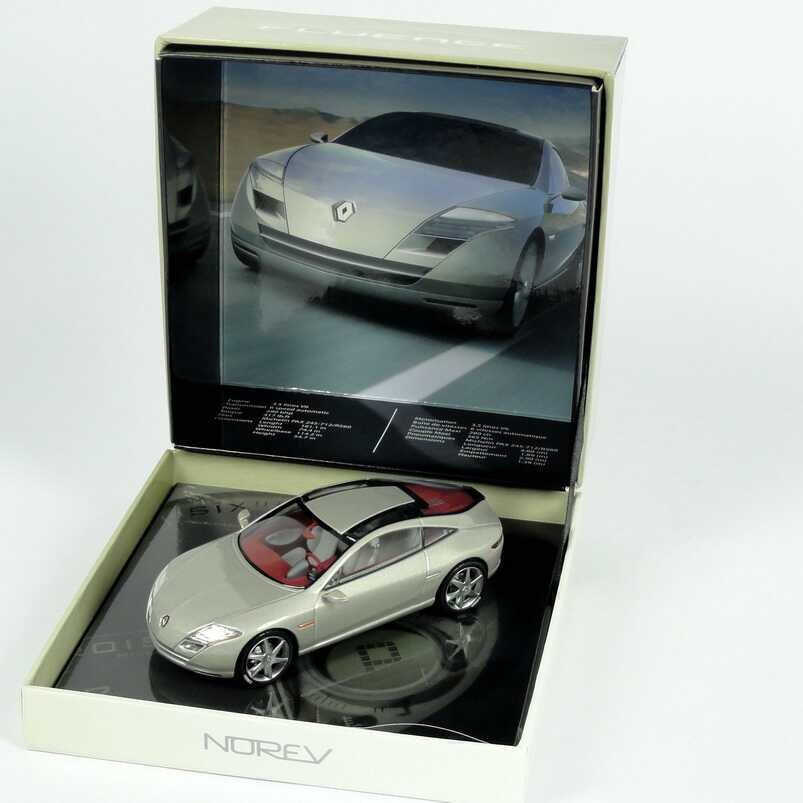 1:43 Renault Fluence Concept graumet. (Mondial de l´Automobile 2004) in Präsentationsbox