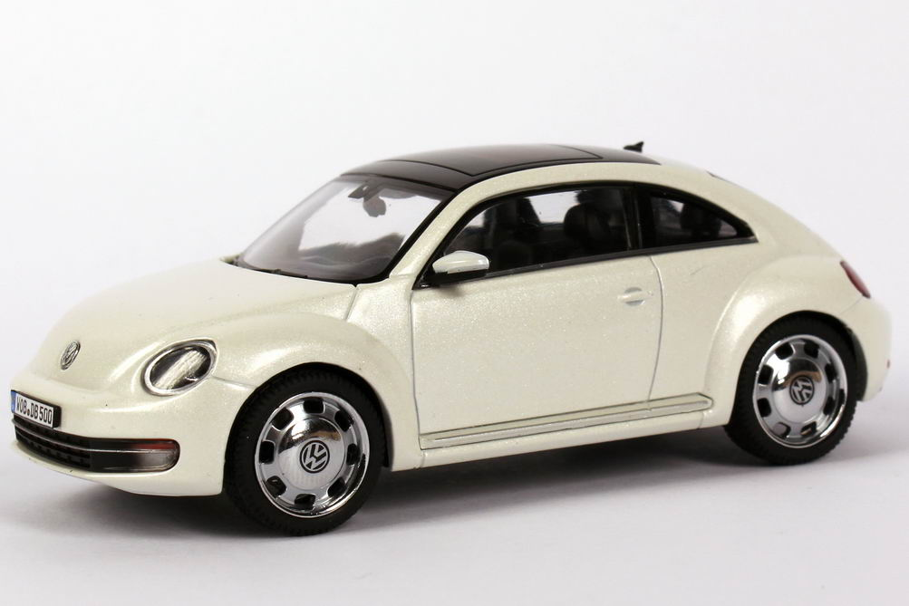 1 43 vw beetle 2011 oryx wei white volkswagen dealer edition oem schuco ebay. Black Bedroom Furniture Sets. Home Design Ideas