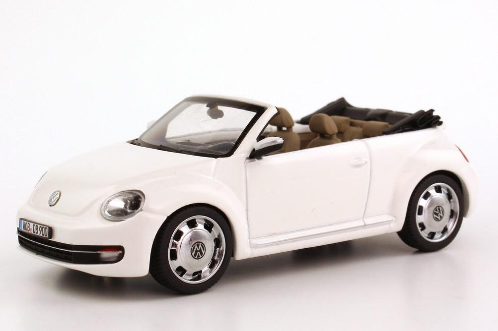 vw beetle cabrio 2013 candy white werbemodell schuco. Black Bedroom Furniture Sets. Home Design Ideas