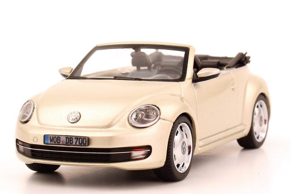 1 43 vw beetle cabrio cabriolet 2013 moon rock silver silber volkswagen dealer ebay. Black Bedroom Furniture Sets. Home Design Ideas
