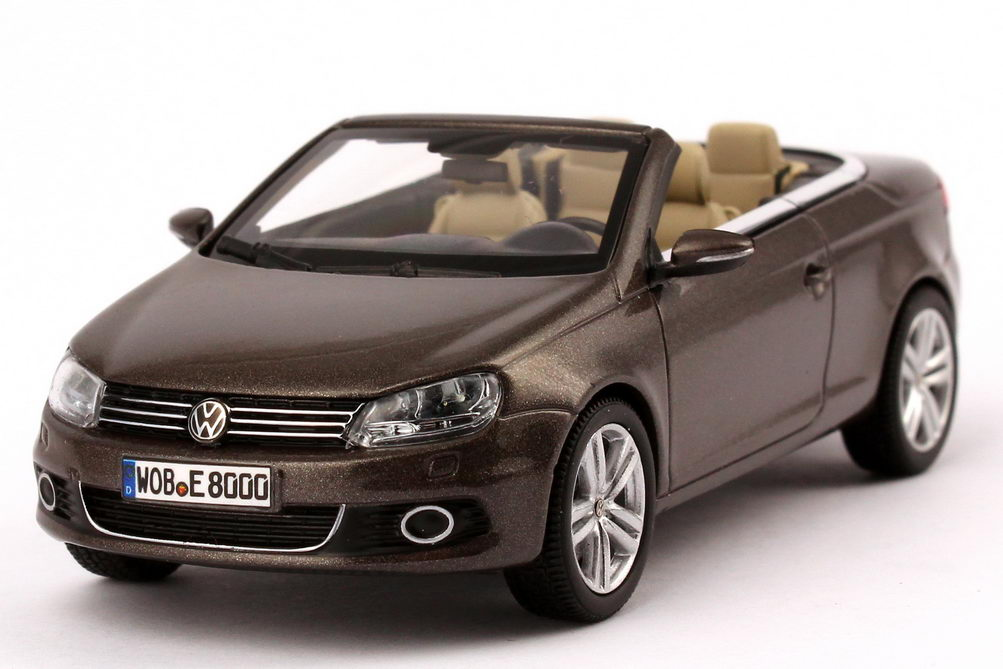vw eos ii   black oak brown braun volkswagen dealer edition kyosho ebay