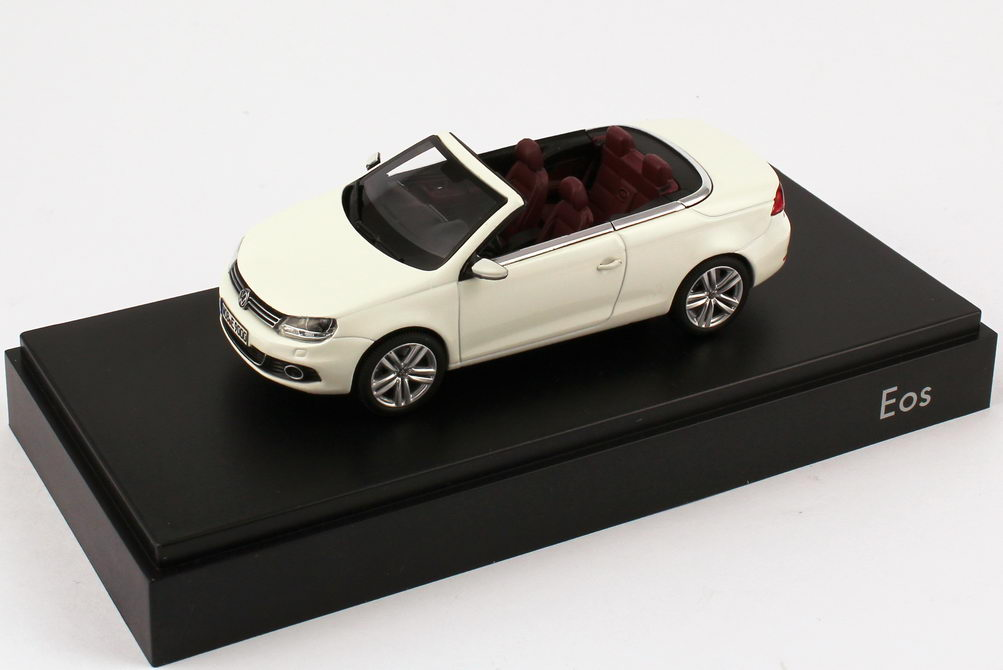 1 43 vw eos ii 2011 candy wei werbemodell kyosho 1q1099300b9a. Black Bedroom Furniture Sets. Home Design Ideas