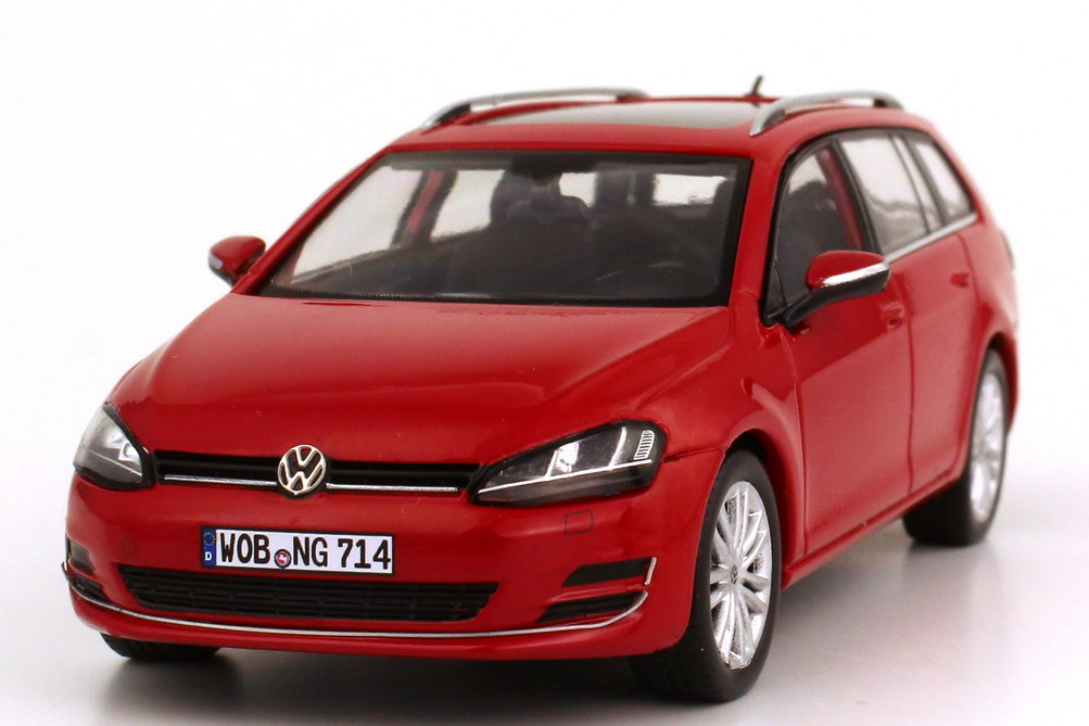 1 43 vw golf vii 7 variant 2013 tornadorot rot red volkswagen dealer edition ebay. Black Bedroom Furniture Sets. Home Design Ideas