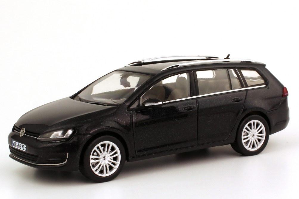 1 43 vw golf vii 7 variant 2013 deep black schwarz volkswagen dealer edition ebay. Black Bedroom Furniture Sets. Home Design Ideas