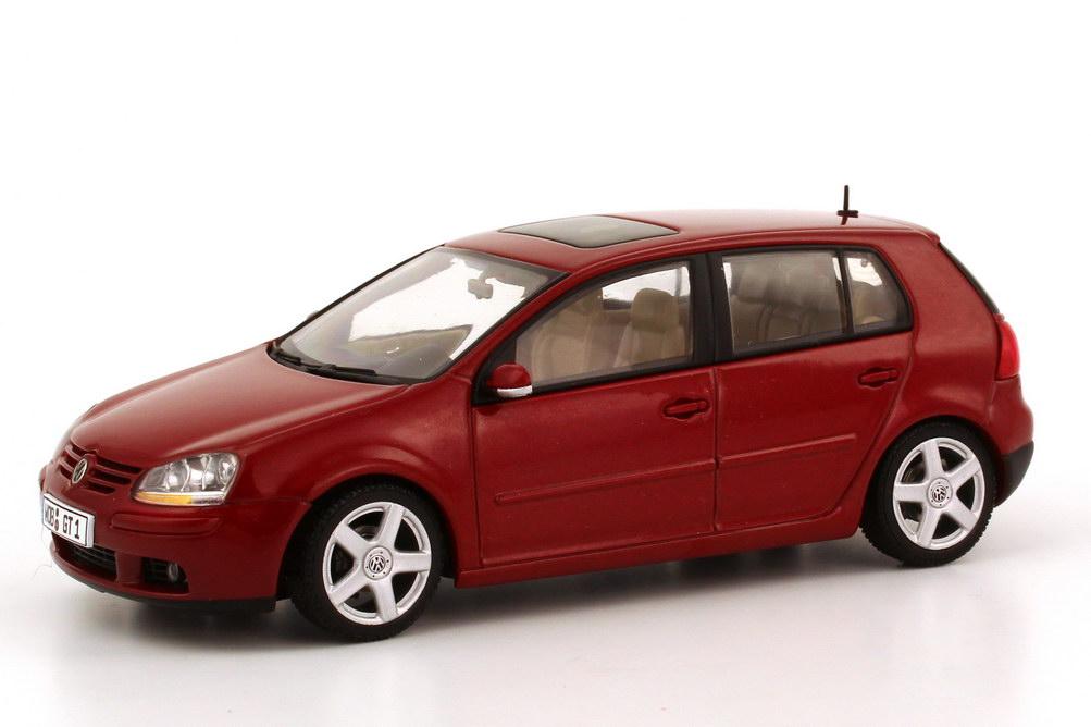 1 43 vw volkswagen golf v 2003 4t rig redspice rot red autoart 59772 ebay. Black Bedroom Furniture Sets. Home Design Ideas