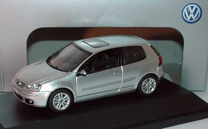 1:43 VW Golf V 2türig reflexsilbermet. (VW)