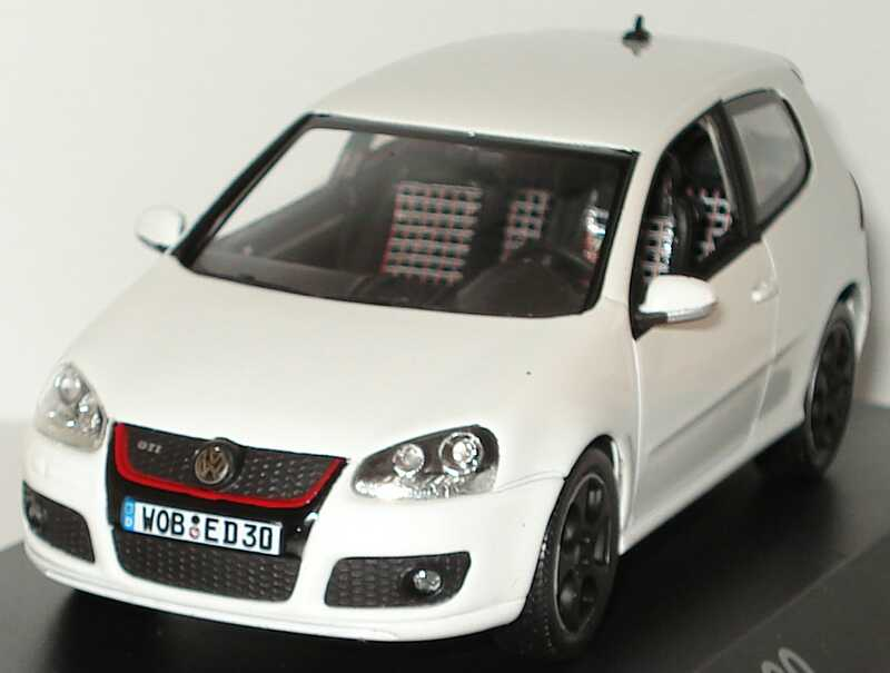 vw golf v gti edition 30 wei werbemodell norev 1k0099300cb9a bild 2. Black Bedroom Furniture Sets. Home Design Ideas