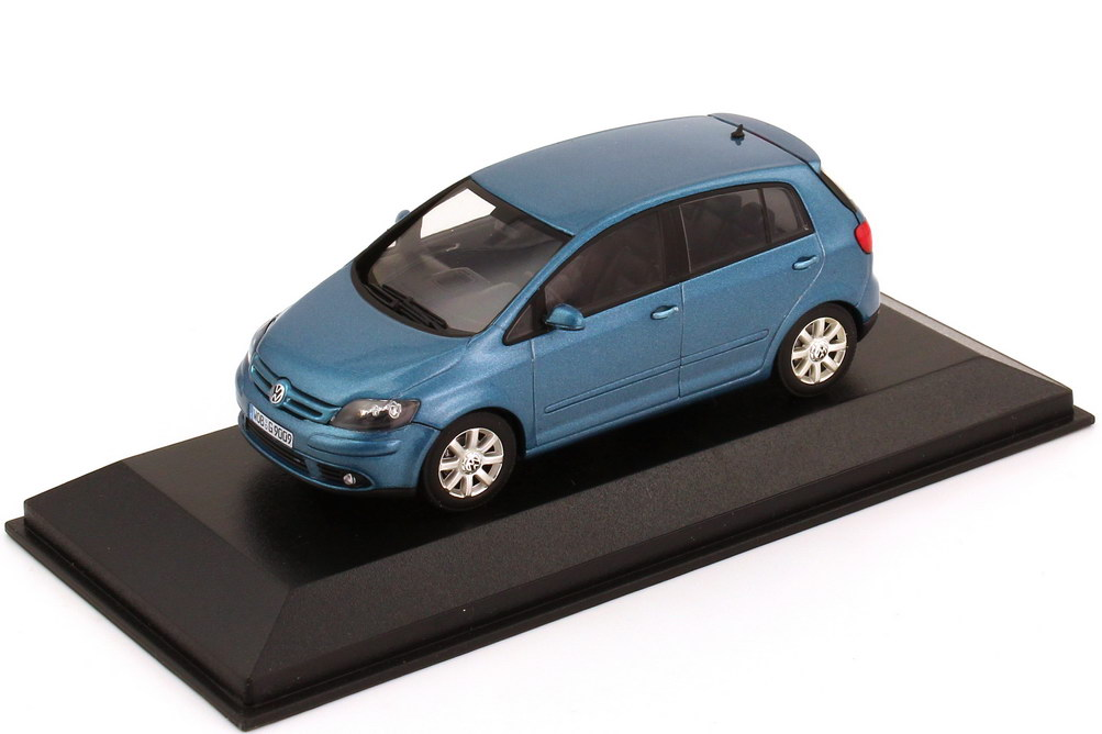 1:43 VW Golf V Plus 2005 new-river-blue-met. (VW)