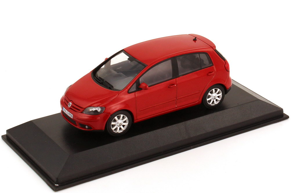 1:43 VW Golf V Plus 2005 sunsetred-met. (VW)