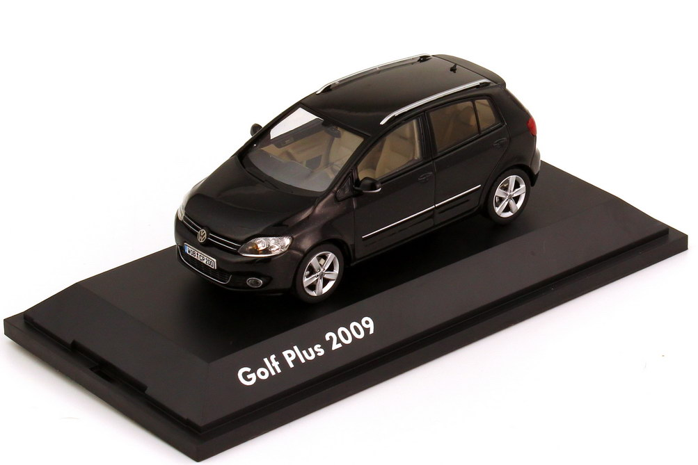 1:43 VW Golf V Plus Facelift 2009 deepblackperleffekt (VW)