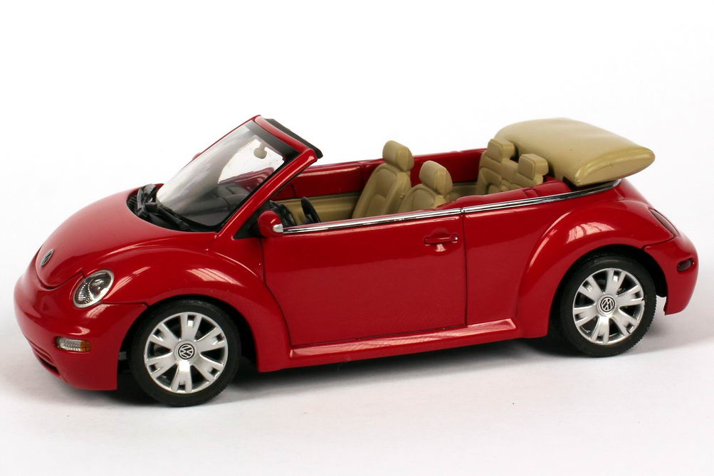 1 43 volkswagen vw new beetle cabrio convertible rot red autoart dealer oem ebay. Black Bedroom Furniture Sets. Home Design Ideas