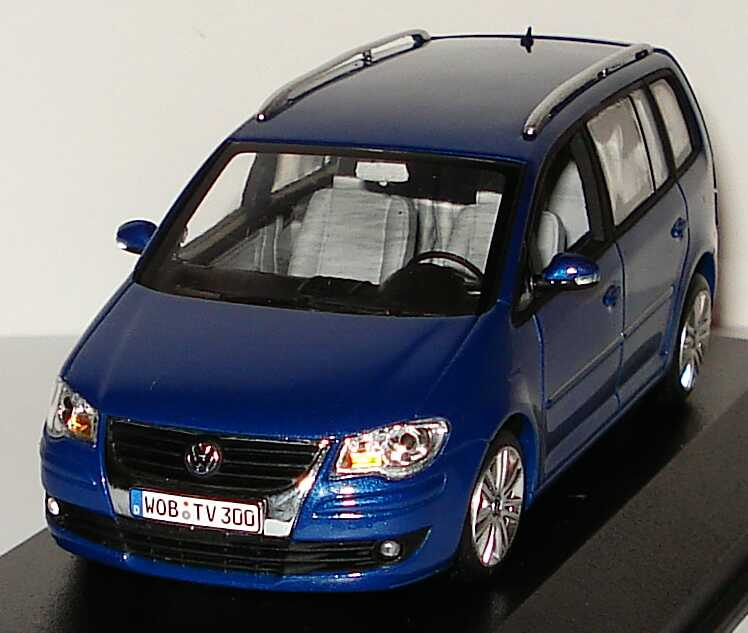 1 43 vw volkswagen touran gp facelift 2007. Black Bedroom Furniture Sets. Home Design Ideas
