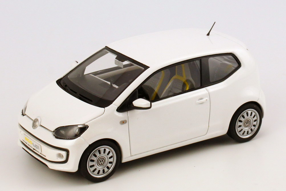 vw eco up white pearl met iaa 2011 1 of 500. Black Bedroom Furniture Sets. Home Design Ideas