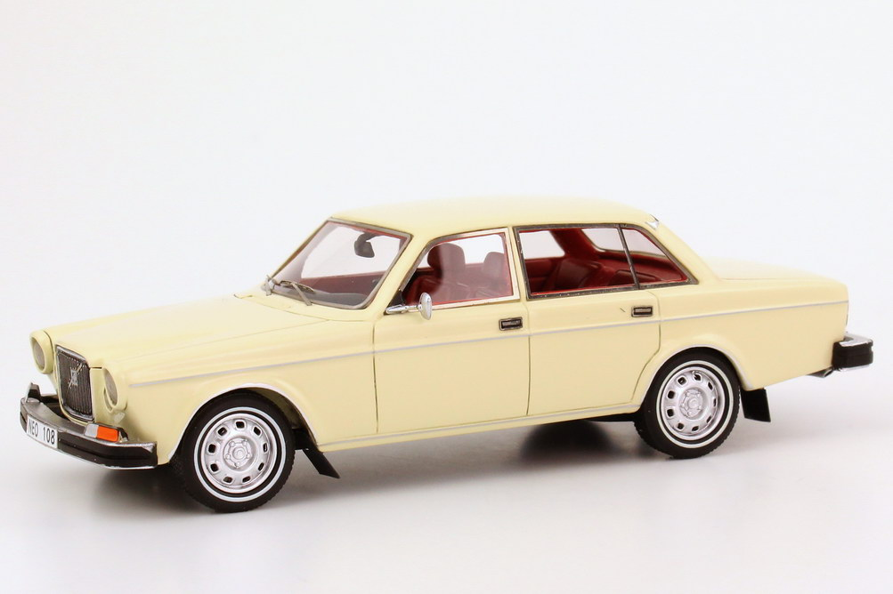 Foto 1:43 Volvo 164 (US Version) 1974 creme-weiß NEO Scale Models 43108