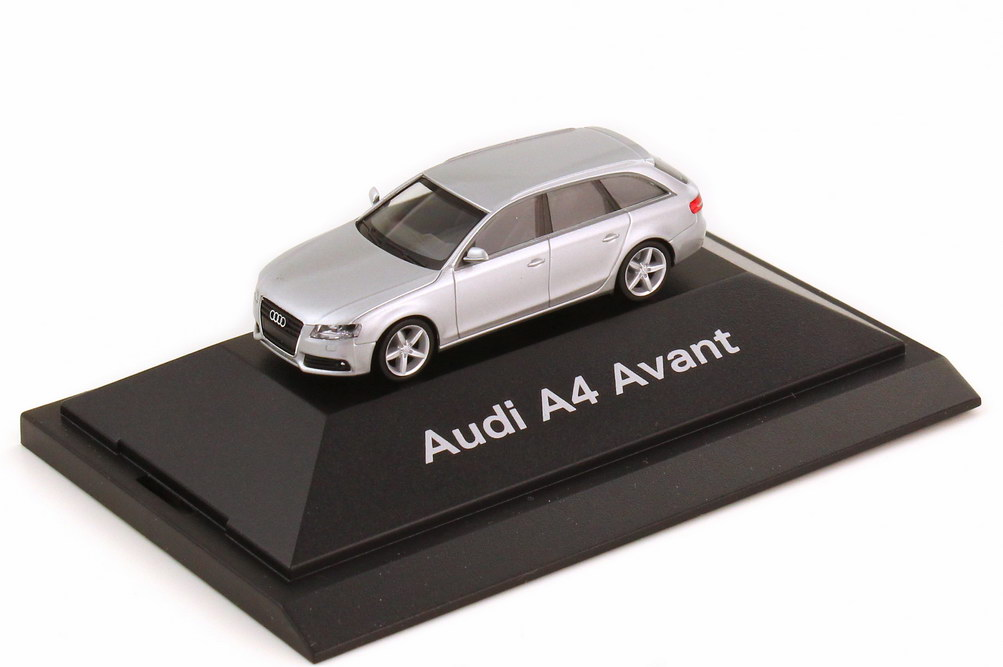 1:87 Audi A4 Avant (B8) eissilber-met. (Audi)