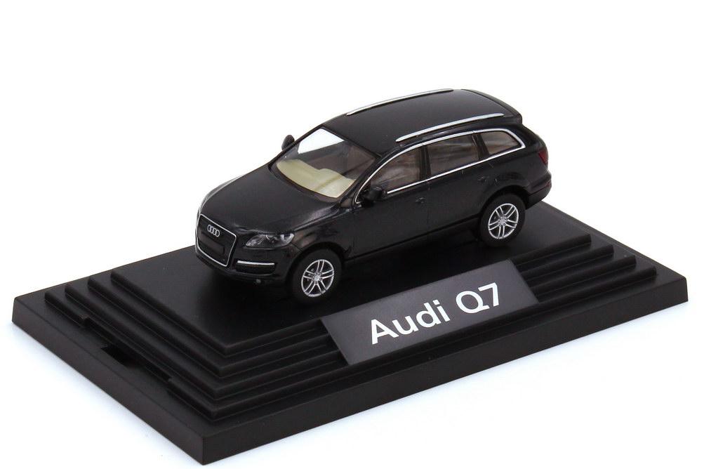 1:87 Audi Q7 4.2 FSI quattro (Typ 4L) phantomschwarz-met. (Audi)