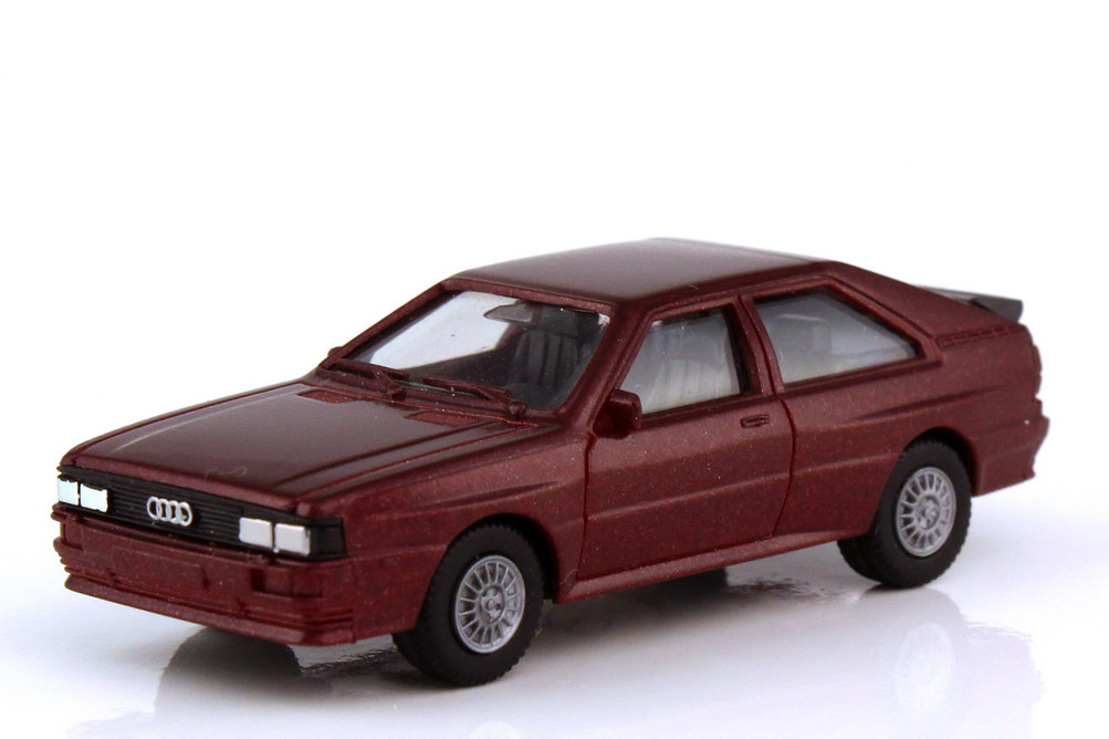 1:87 Audi quattro dunkelrot-met. (oV)