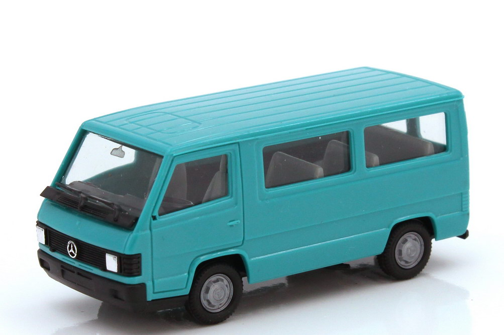 1:87 Mercedes-Benz MB 100D Bus türkisblau