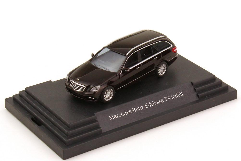 1:87 Mercedes-Benz E-Klasse T-Modell (S212) Avantgarde cupritbraun-met. (MB)