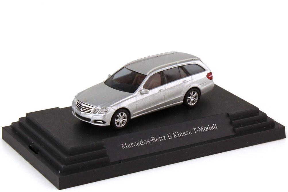 1:87 Mercedes-Benz E-Klasse T-Modell (S212) Avantgarde iridiumsilber-met. (MB)