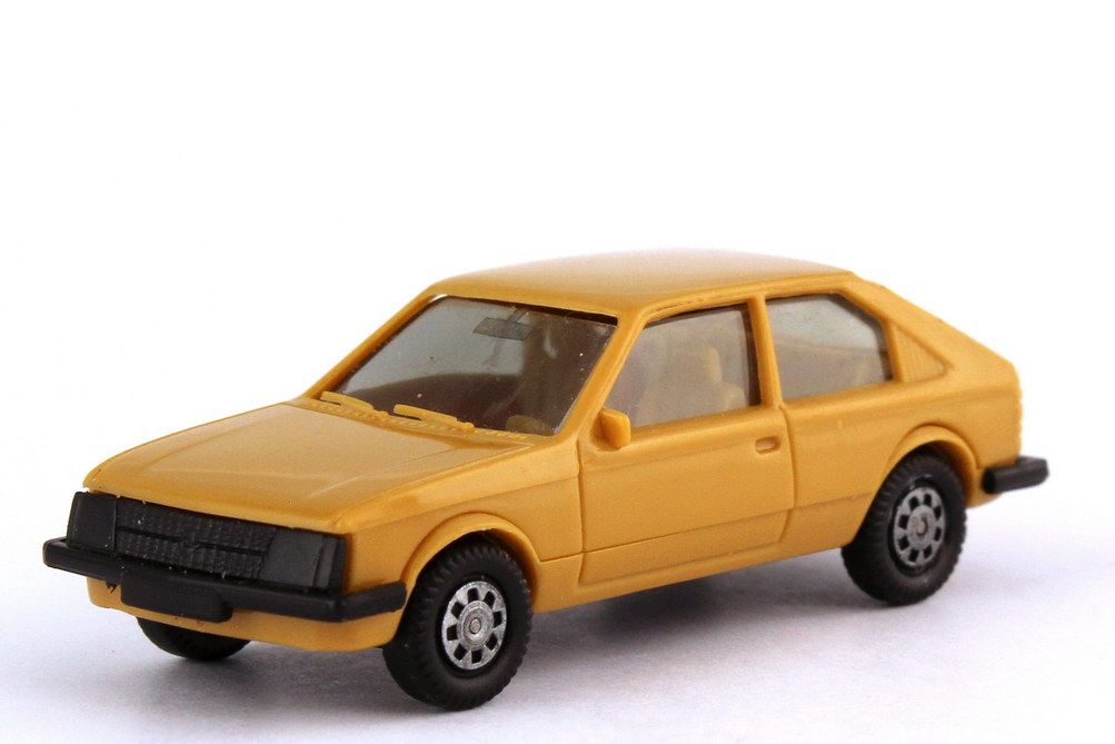 1:87 Opel Kadett D 2türig beige (oV)
