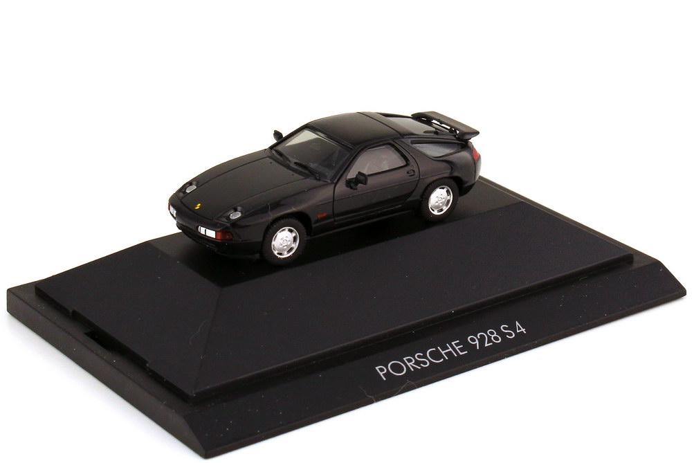 1:87 Porsche 928 S4 schwarz