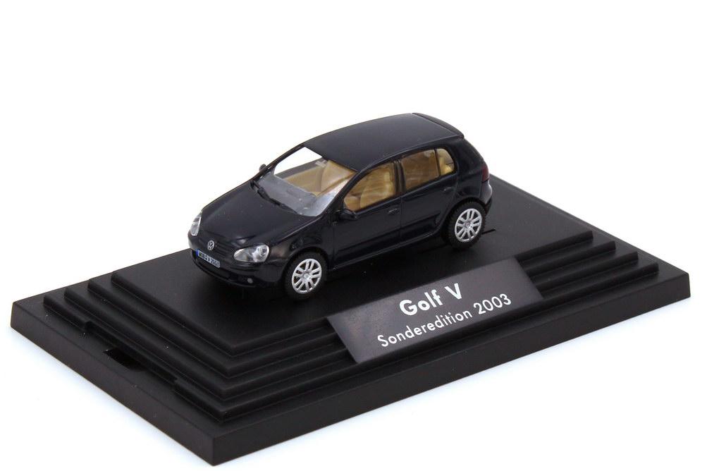 1:87 VW Golf V TDI 4türig perlblau