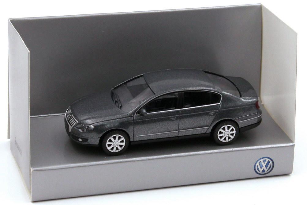 1:87 VW Passat (Typ B6) 2005 unitedgrey-met., IA schwarz (VW)