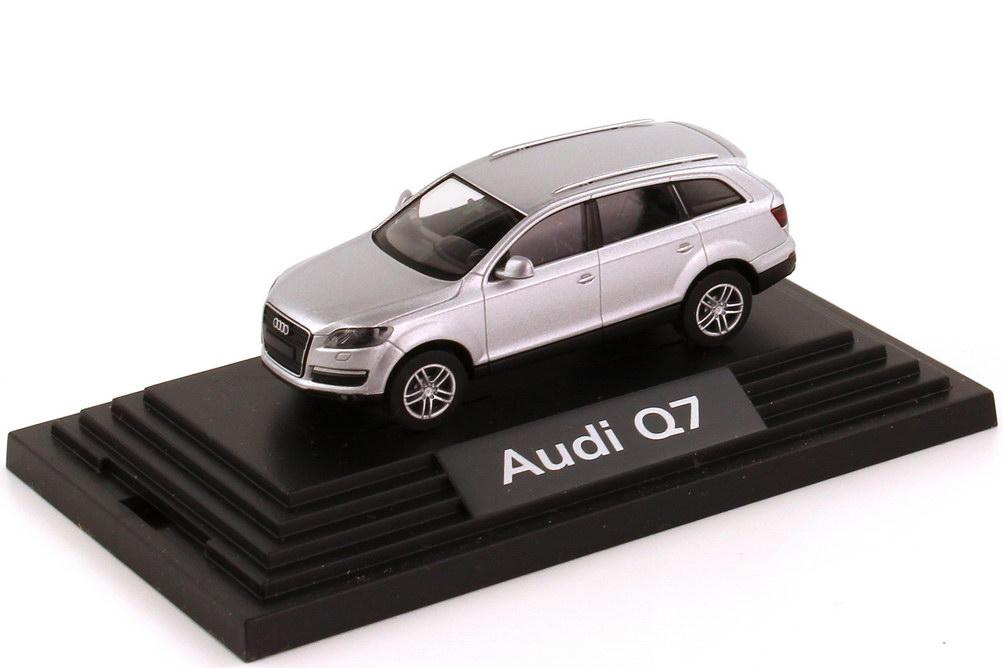 1:87 Audi Q7 4.7 FSI quattro lichtsilber-met. (Audi)