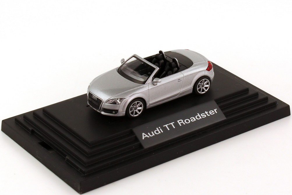 1:87 Audi TT Roadster 2006 lichtsilber-met. (Audi)