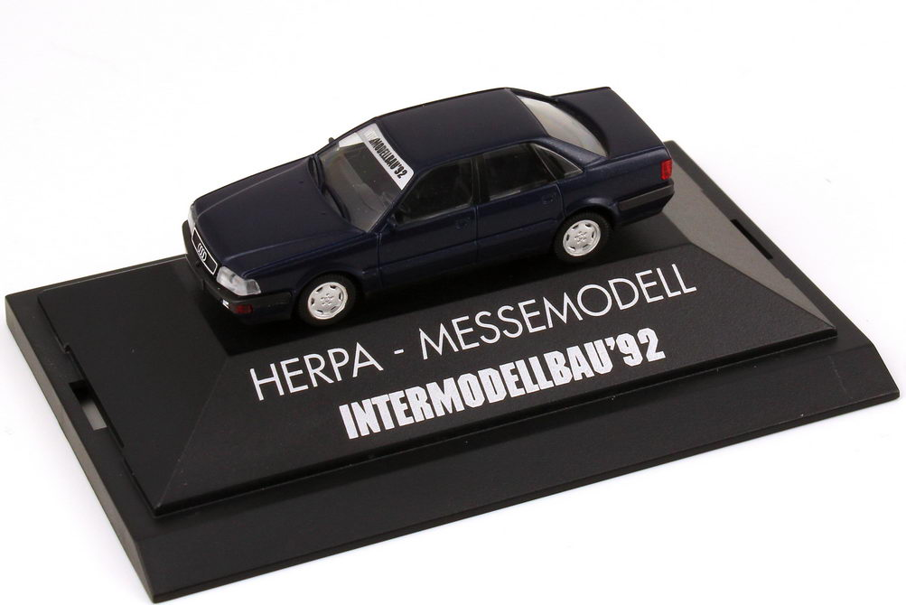 1:87 Audi V8 dunkelblaumet.