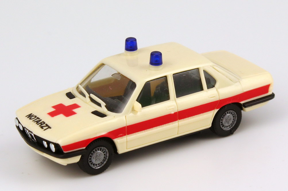 1:87 BMW 528i (E28) Notarzt beige/rot
