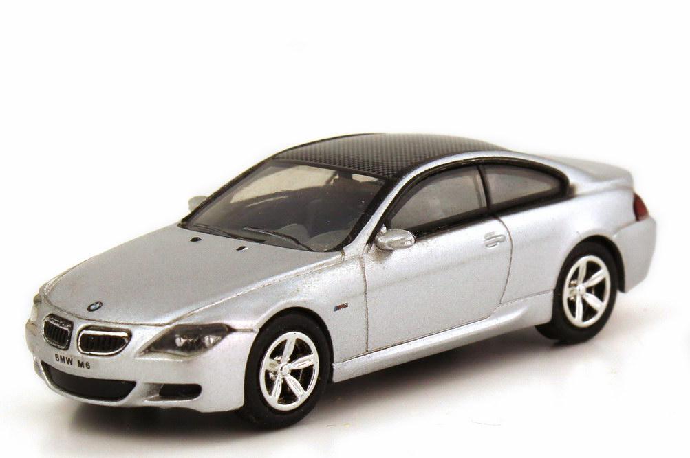 Foto 1:87 BMW M6 Coupé (E63) silber-met. Ricko 38872