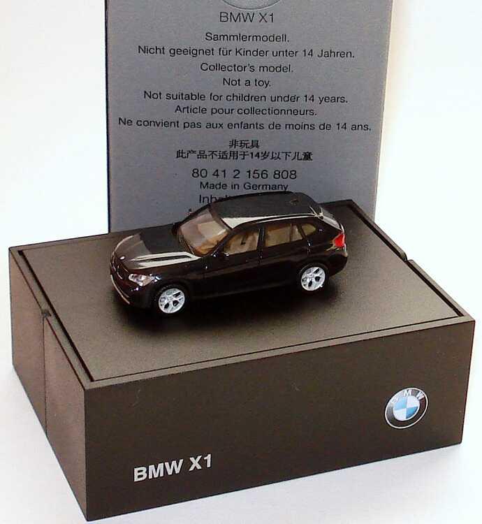 Foto 1:87 BMW X1 (E84) saphirschwarz-met. Werbemodell herpa 80412156808