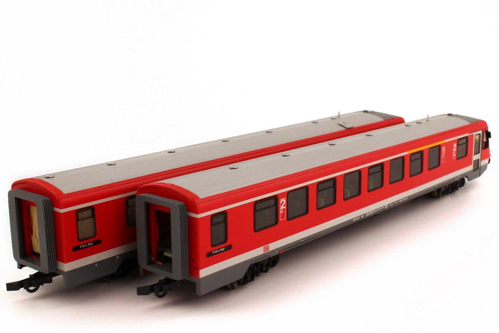 h0 dieseltriebzug vt 628 928 db ag rot grau epoche v gleichstrom roco 63013 bild 3. Black Bedroom Furniture Sets. Home Design Ideas