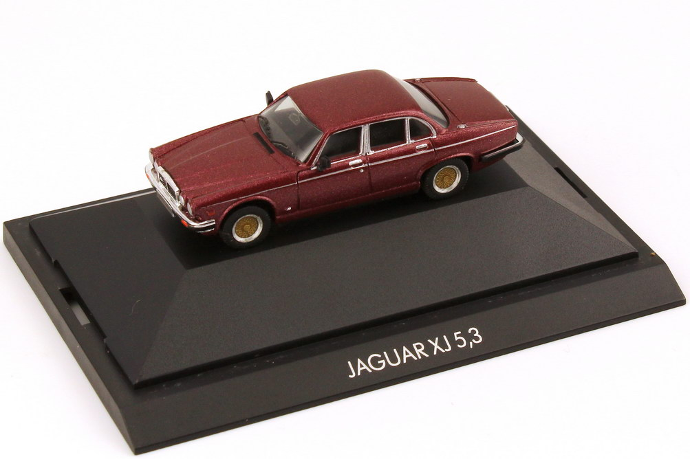 1:87 Jaguar XJ 12 5,3 bordeaux-rot-met.