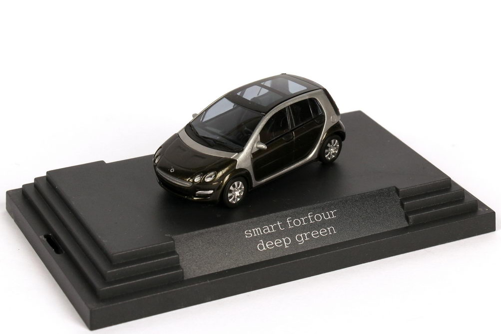 1:87 MCC Smart Forfour deep-green-met. (MCC)