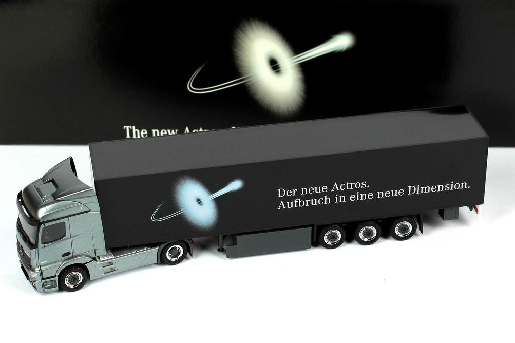 """1:87 Mercedes-Benz Actros 2 StreamSpace KoSzg 2/3 """"Aufbruch in eine neue Dimension"""" (MB)"""