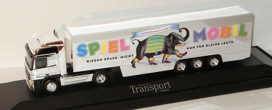 """1:87 Mercedes-Benz Actros L MP2 Fv Cv KoSzg Cv 2/3 """"Spielmobil - Riesen Spass, nicht nur für kleine Leute"""" (MB) Transport Magazin"""
