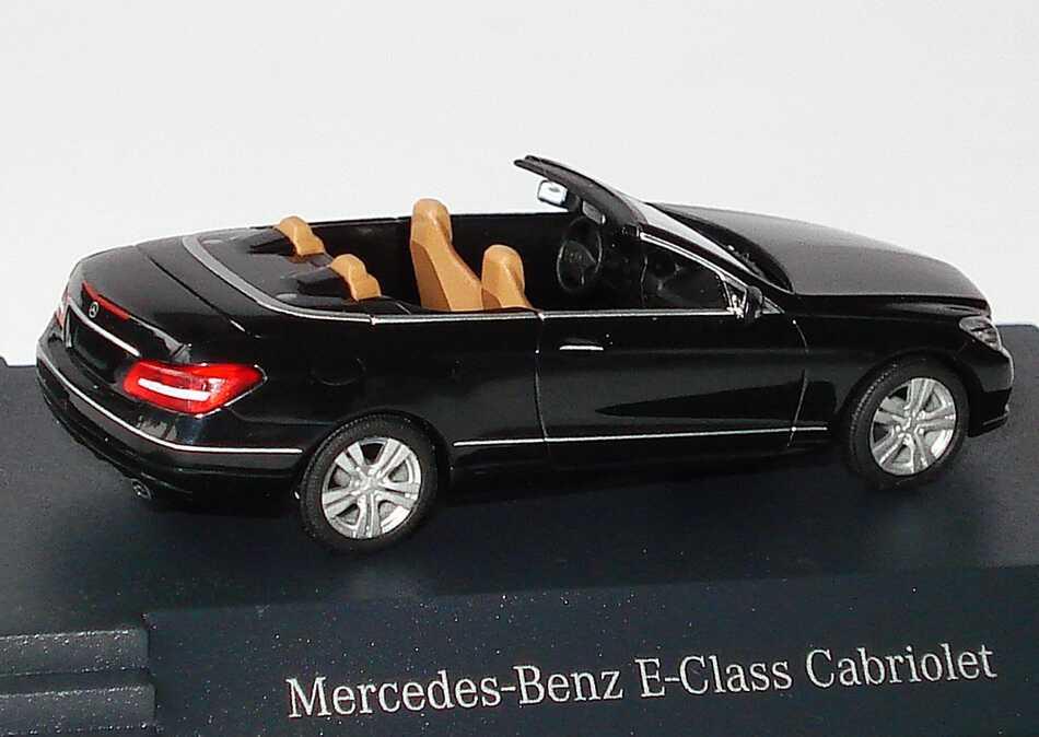 1 87 mercedes e klasse cabrio a207 schwarz black dealer edition oem busch ebay. Black Bedroom Furniture Sets. Home Design Ideas