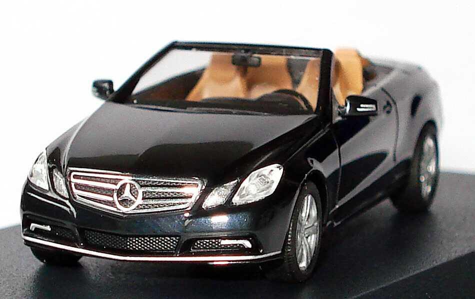 mercedes benz e klasse cabrio a207 schwarz werbemodell busch b66962426 bild 4. Black Bedroom Furniture Sets. Home Design Ideas