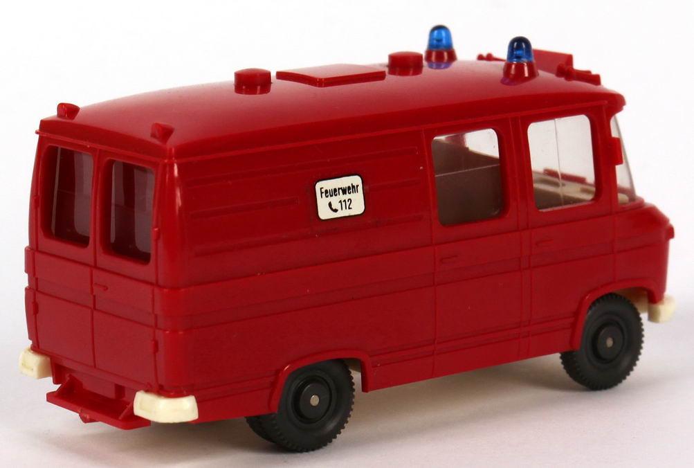 mercedes benz l406 rettungswagen feuerwehr aufkleber notruf 112 runde warnleuchten wiking 608. Black Bedroom Furniture Sets. Home Design Ideas