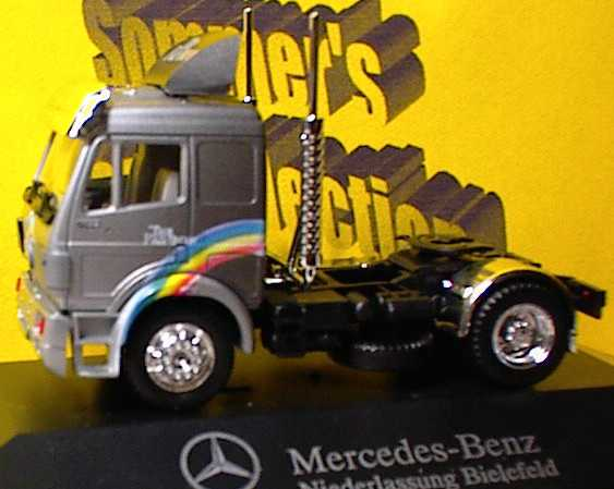 "1:87 Mercedes-Benz SK 2a Szgm graumet. ""The Rainbow, MB Ndl. Bielefeld"""