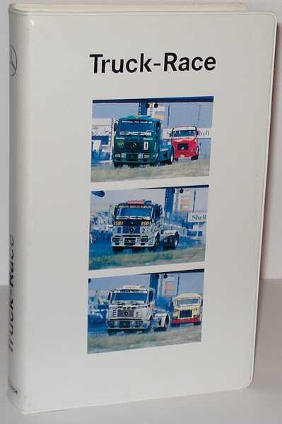 """1:87 Mercedes-Benz """"Truck-Race"""" (3 Mercedes SK Renntrucks in Videohülle) (MB)"""