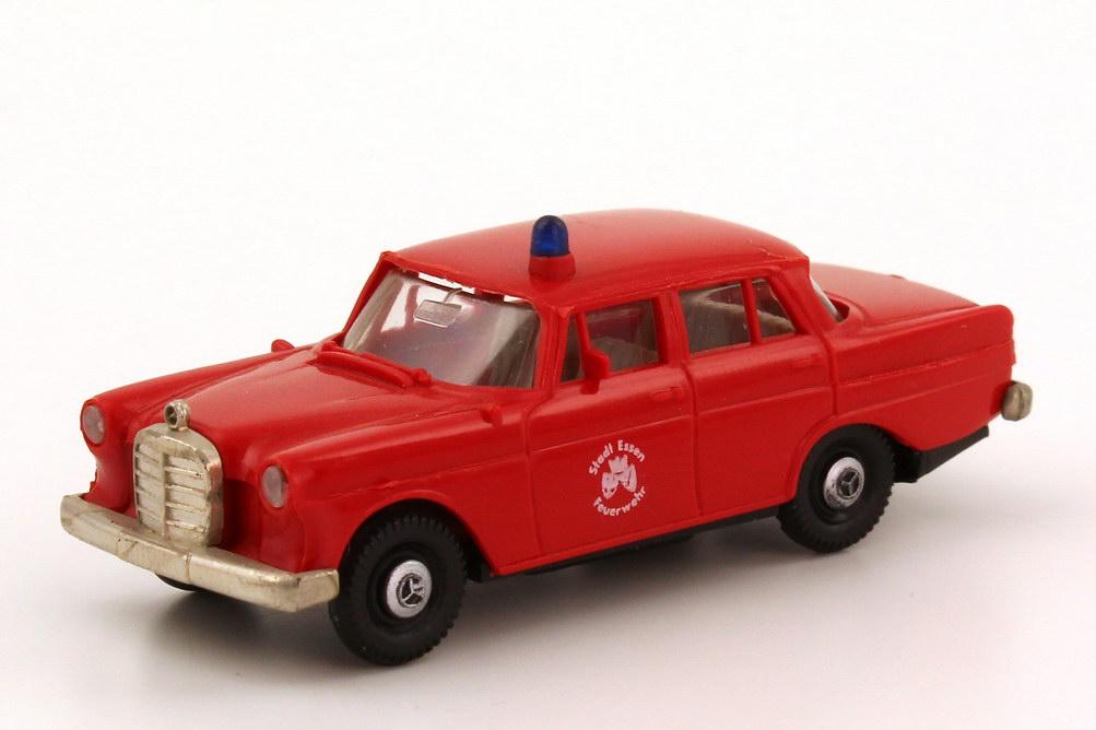 """1:87 Mercedes-Benz 190c (W110) """"Feuerwehr Essen"""""""